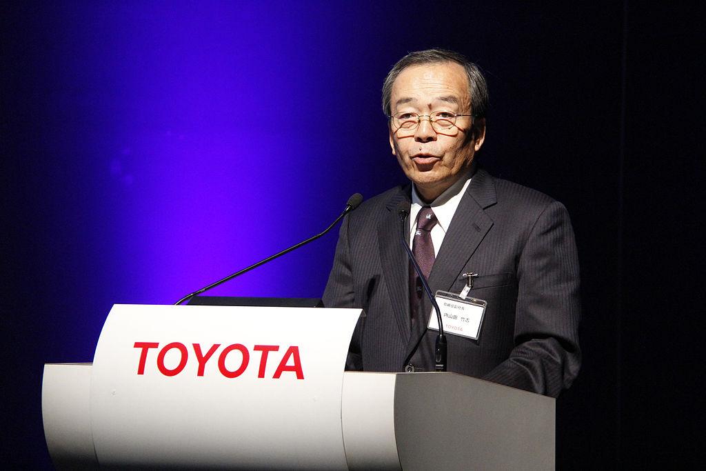 Президент Toyota скептически высказался про электромобили