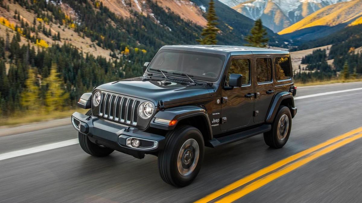 Jeep готовит первый в мире подзаряжаемый гибрид для тяжелого бездорожья