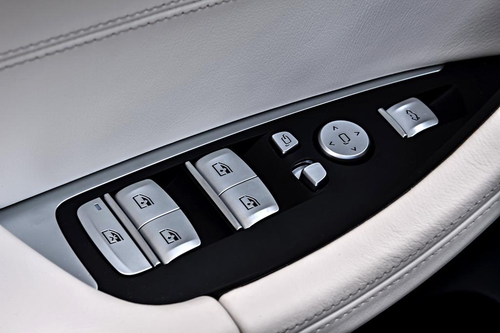 Кнопки BMW X3 2018