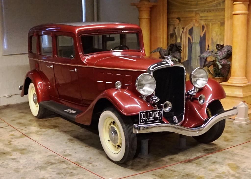 автомобили гангстеров 30-х годов Essex Terraplane 8