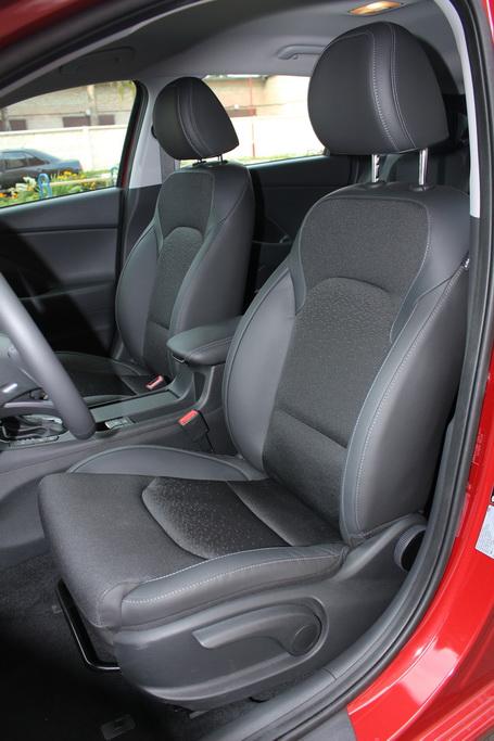 Сиденья Hyundai i30 2017