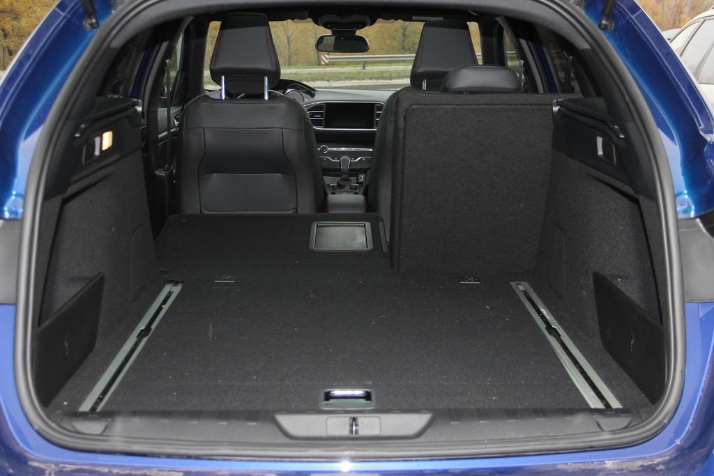 Багажник Peugeot 308 SW 2017