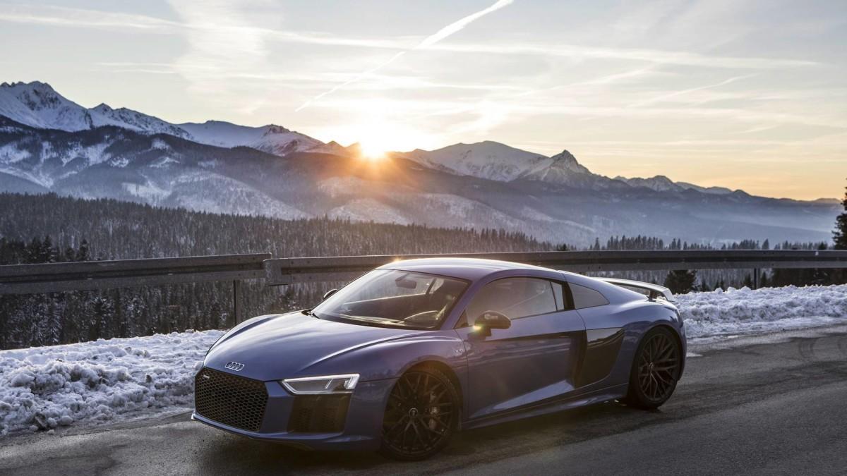 Заряженные купе Audi испытали на заснеженных горных склонах (видео)