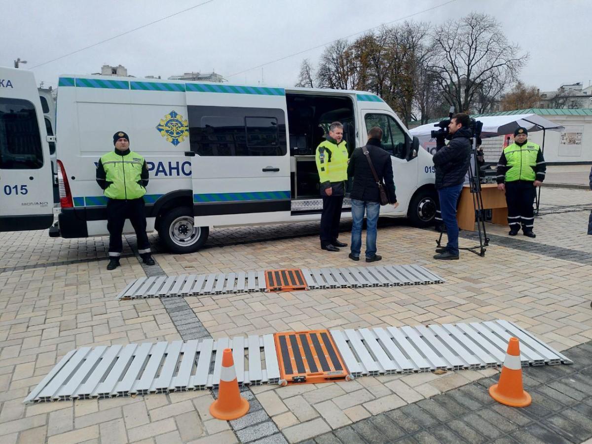 В Украине появились новые мобильные комплексы весогабаритного контроля
