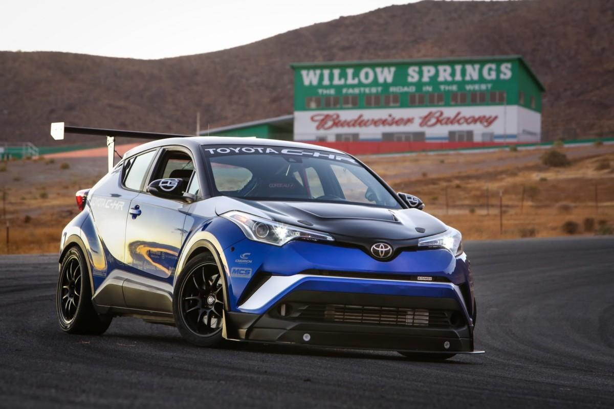 Кроссовер Toyota C-HR превратили в бескомпромиссный спорткар