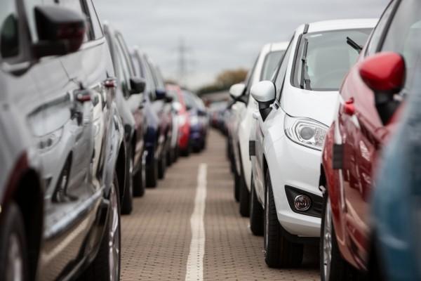 Осенью рынок автомобилей вгосударстве Украина впервый раз загод продемонстрировал негативную динамику— специалисты