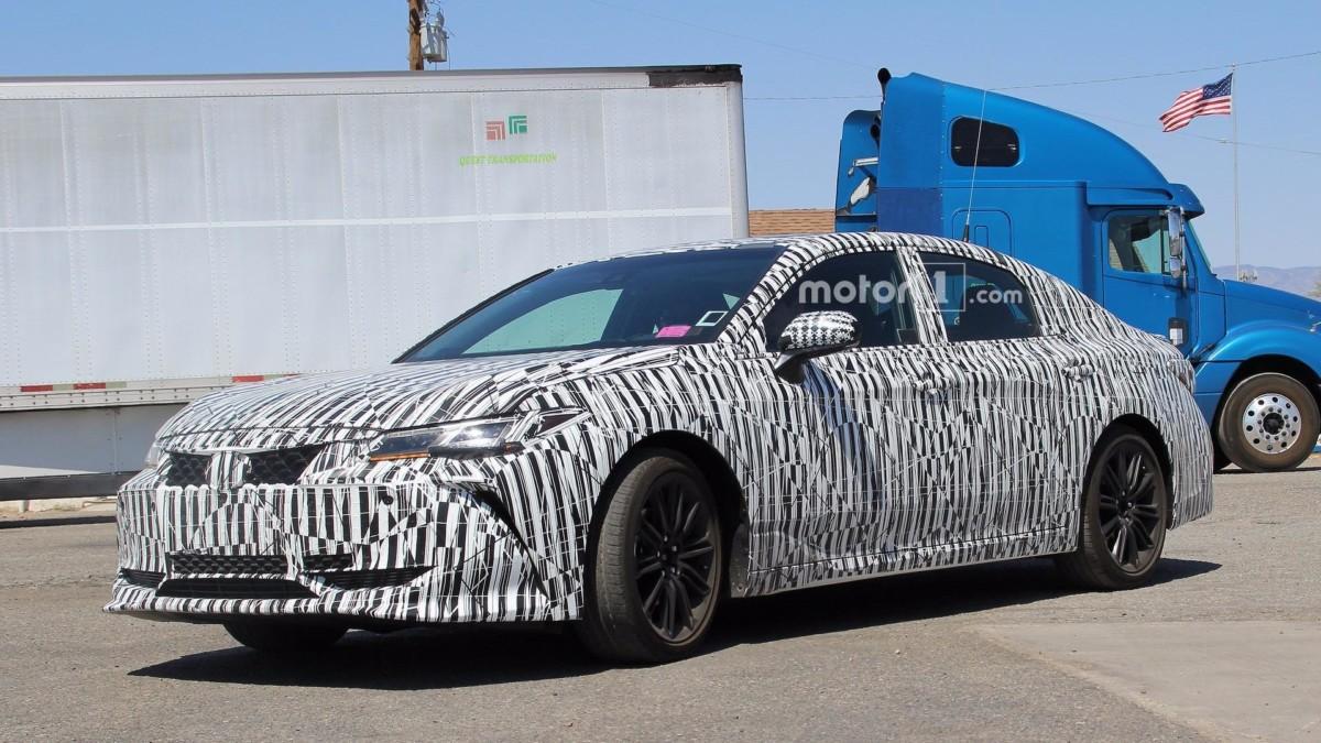 Первые изображения новой Toyota Avalon 2019