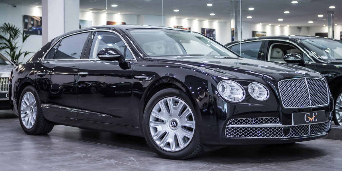 Автомобиль Bentley Continental Flying Spur W12 Mulliner