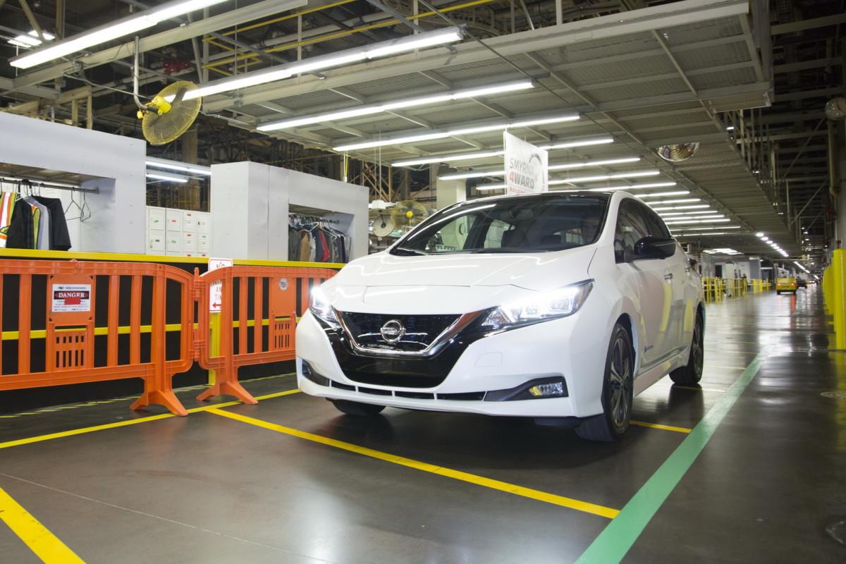 Электромобиль Nissan Leaf 2018 поступил в производство