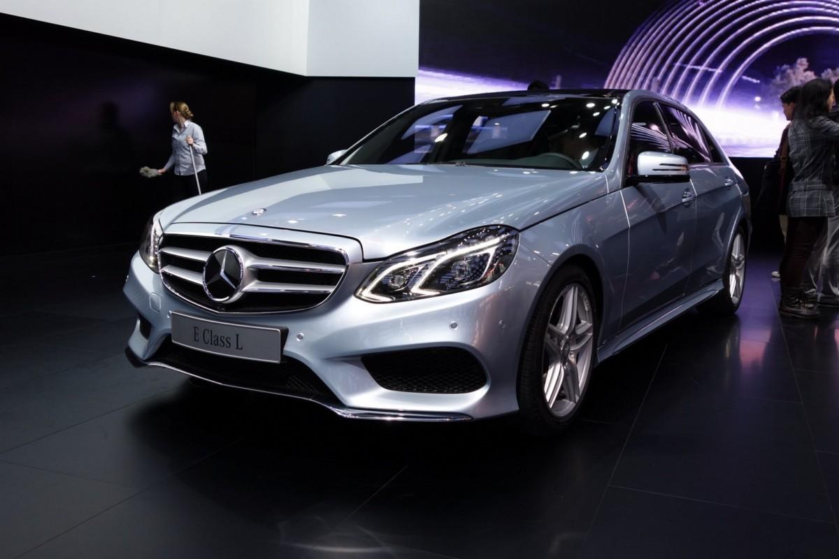 КНР запретил Ауди, BMW, Мерседес Бенс иVW выпускать обновленные модели