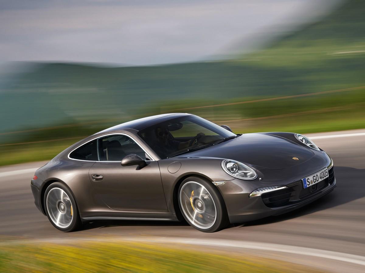 Porsche 911 заднемоторное авто