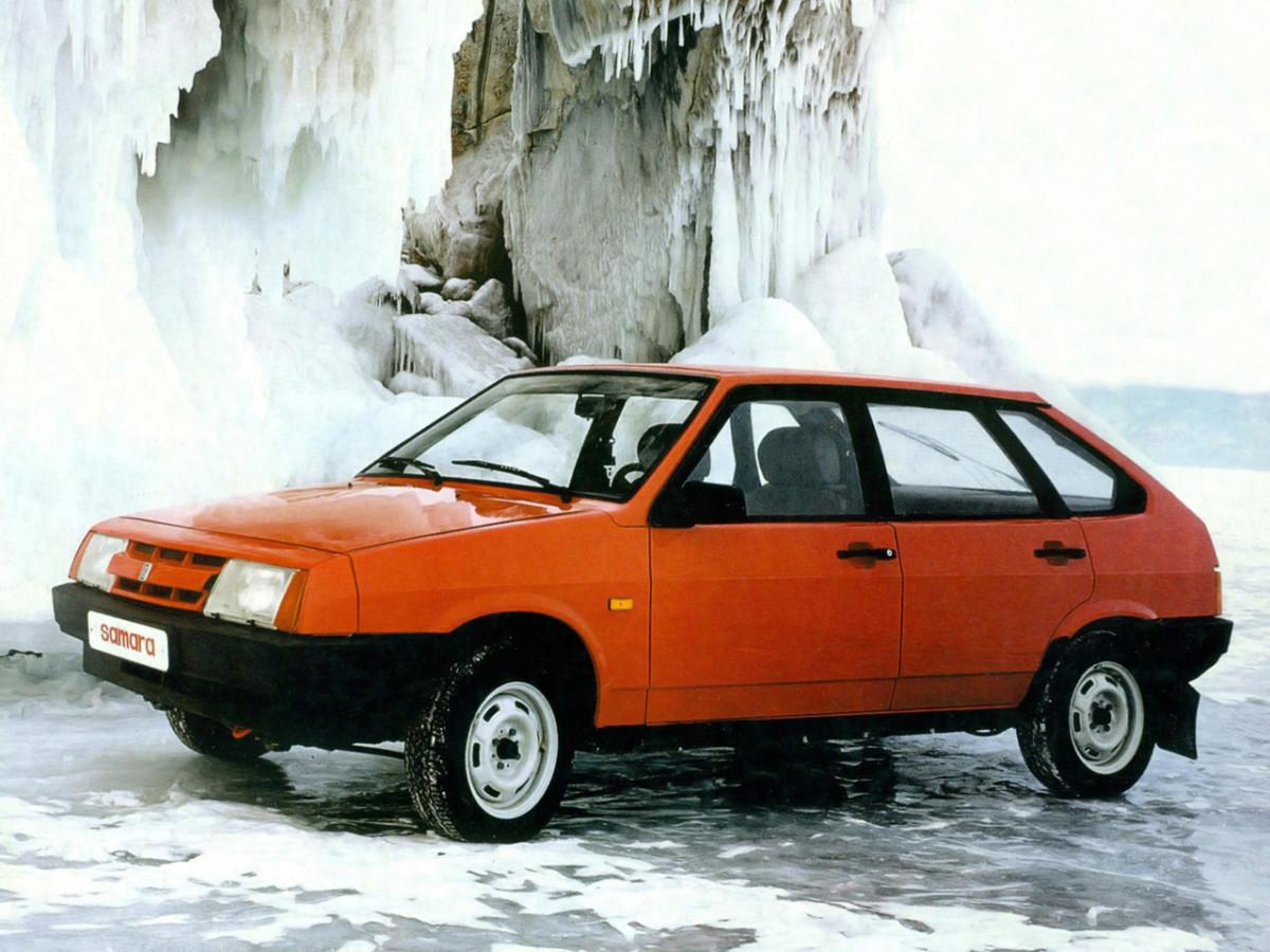 Культовые автомобили 90-х годов девятка ВАЗ-2109