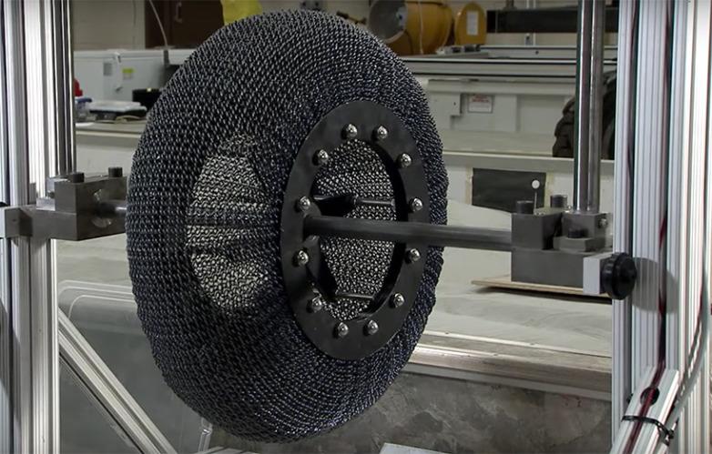 В NASA представили колеса будущего для марсохода