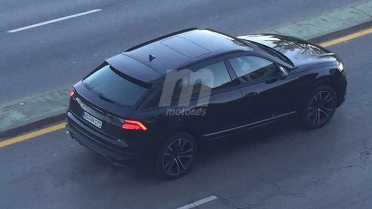 Самый дорогой кроссовер Audi засняли во время тестов