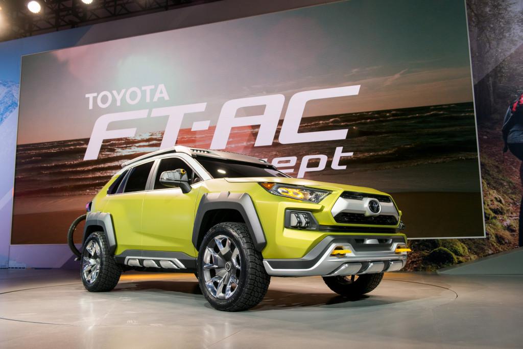 Toyota готовит компактный кроссовер для любителей активного отдыха