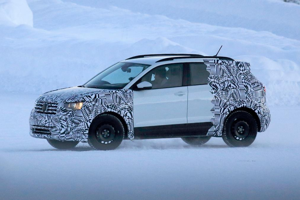 VW T-Cross получит двигатели отPolo иверсию R-Line