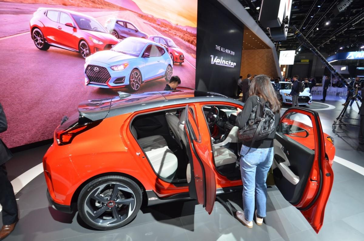В США представили «ассиметричное» купе Hyundai