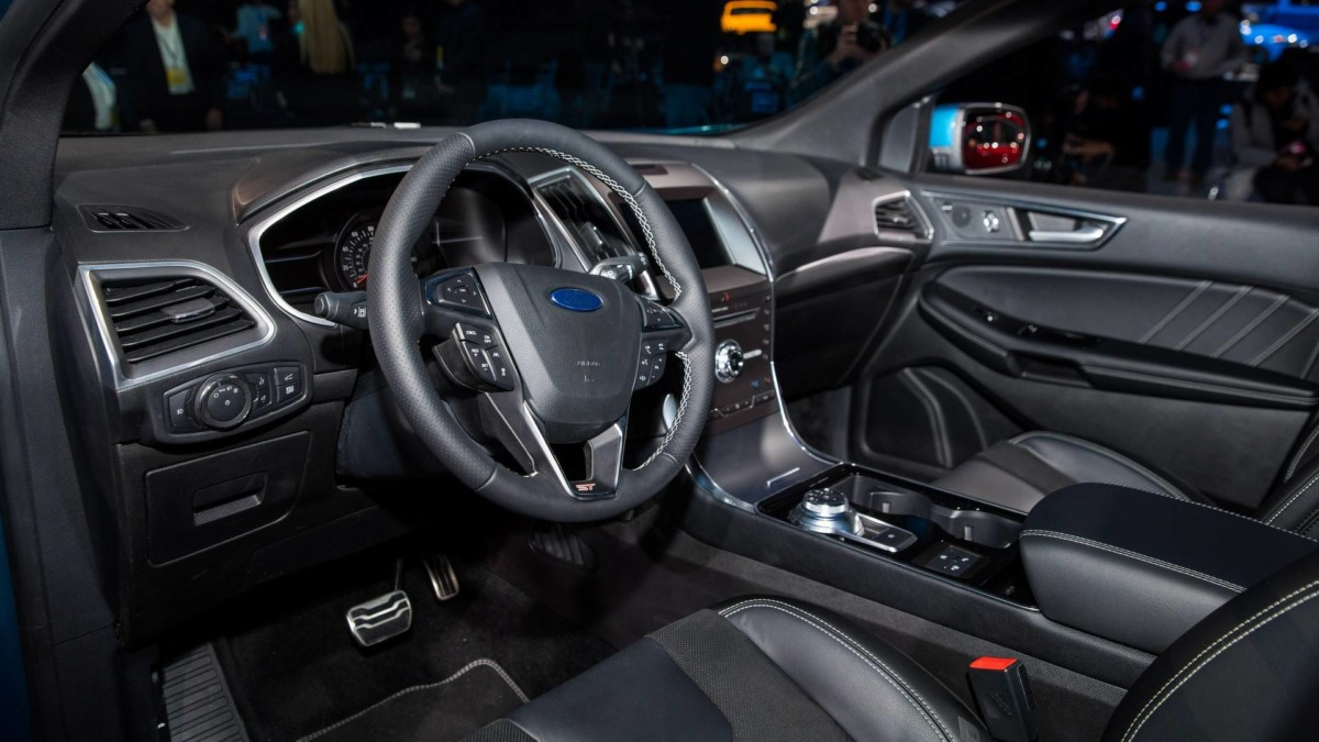 Ford Edge 2019: живые фото с Детройтского автосалона
