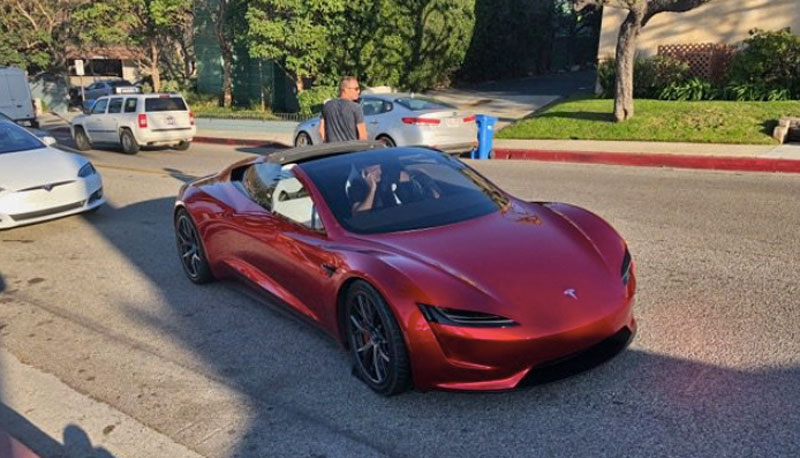 Электрокар Tesla Roadster 2020 сломался во время тестов (фото)