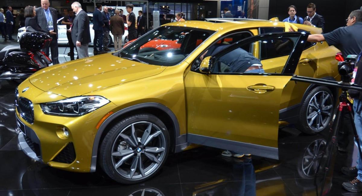 Детройтский автосалон: живые фото нового BMW X2