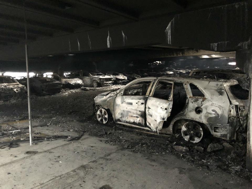 сгоревшие автомобили