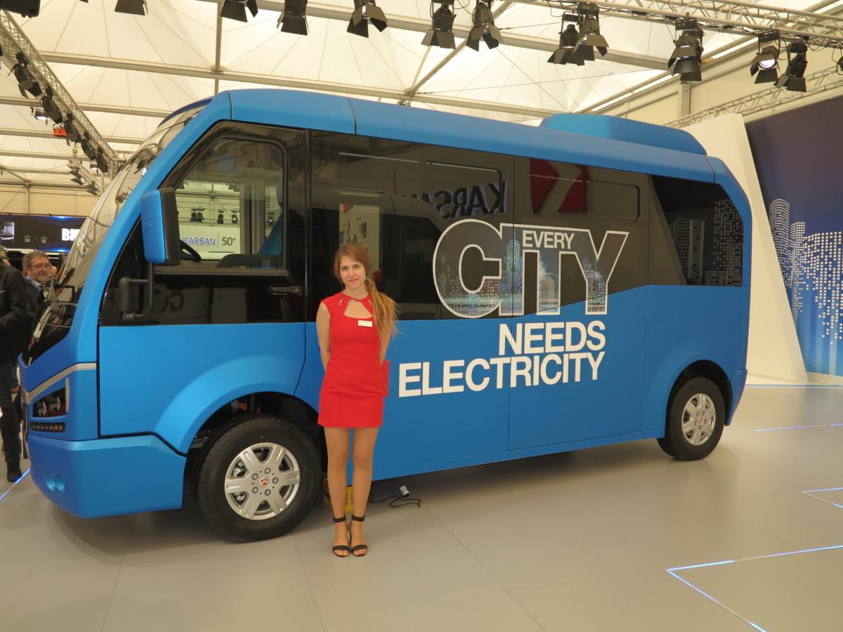 Маршрутка будущего Karsan Jest Electric на выставке Busworld Kortrijk 2017