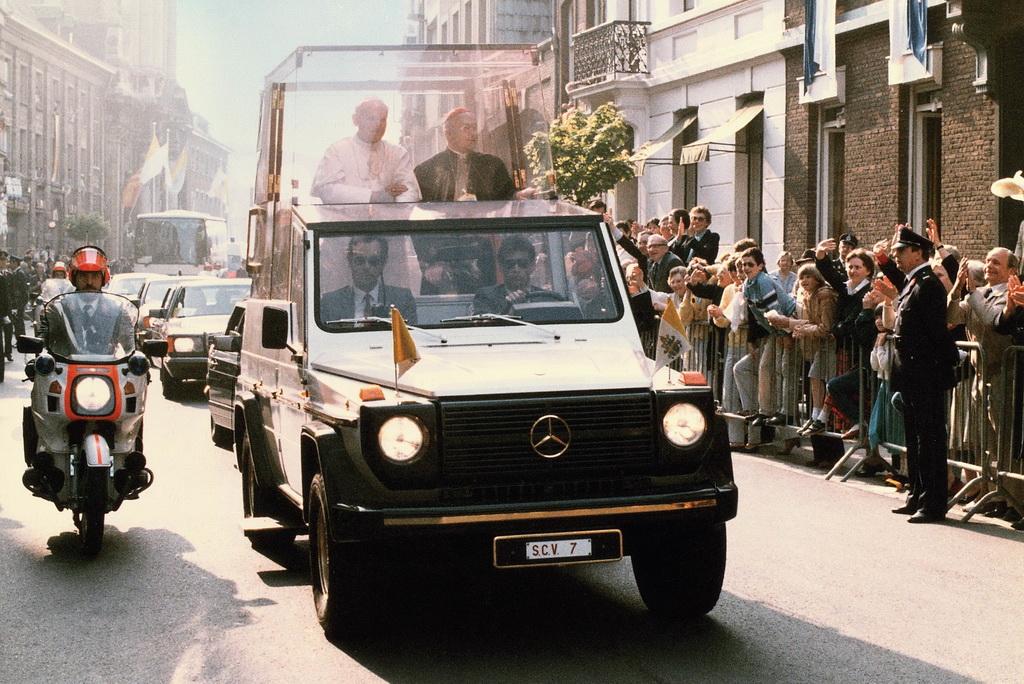 Mercedes-Benz 230 G