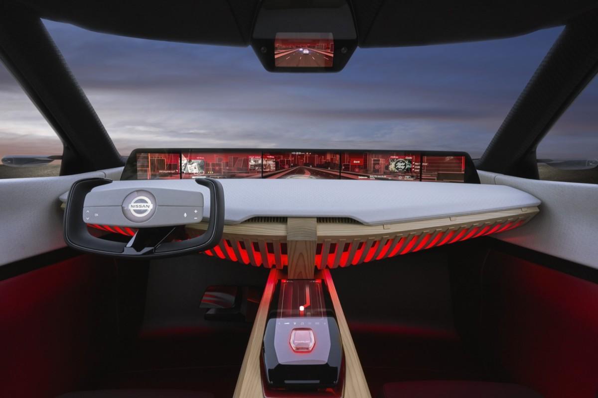 Nissan Xmotion 2018 салон