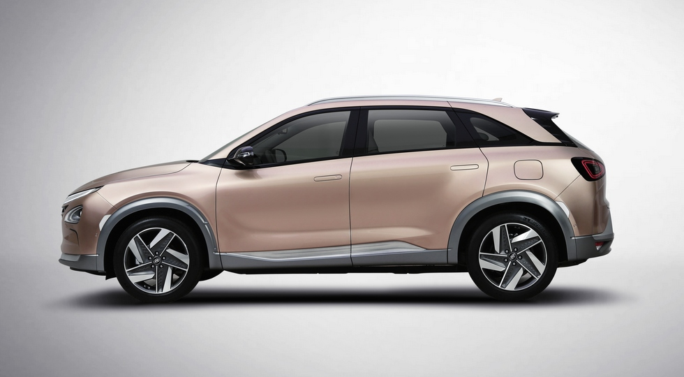 Серийный электрокроссовер Hyundai рассекречен перед премьерой