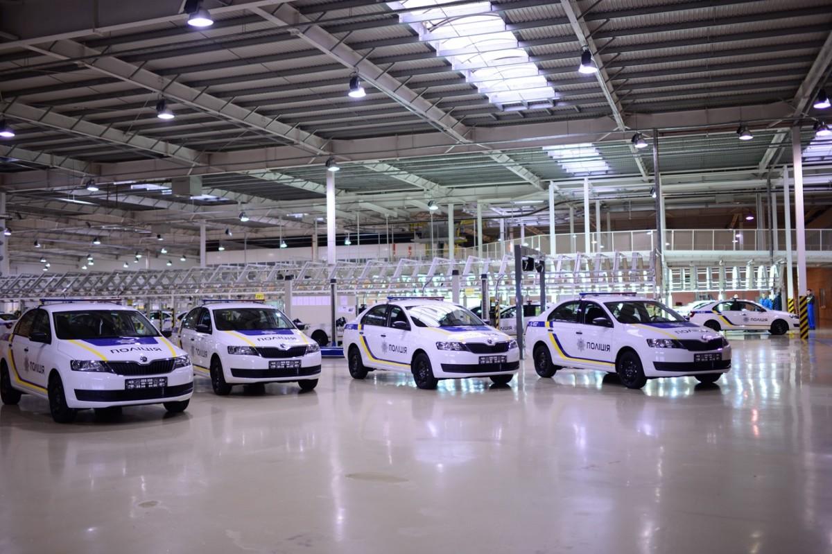 Нацполиция получила 400 новых авто украинского производства