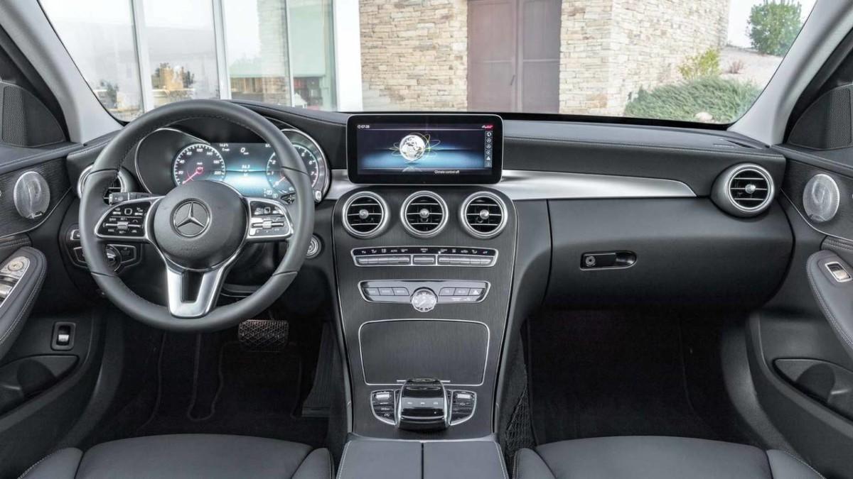 Новый Mercedes C-Class 2019 полностью рассекречен