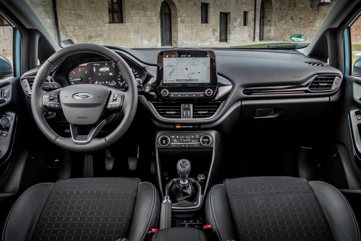 Пять причин, почему Ford Fiesta стал легковым авто 2018 года в Украине
