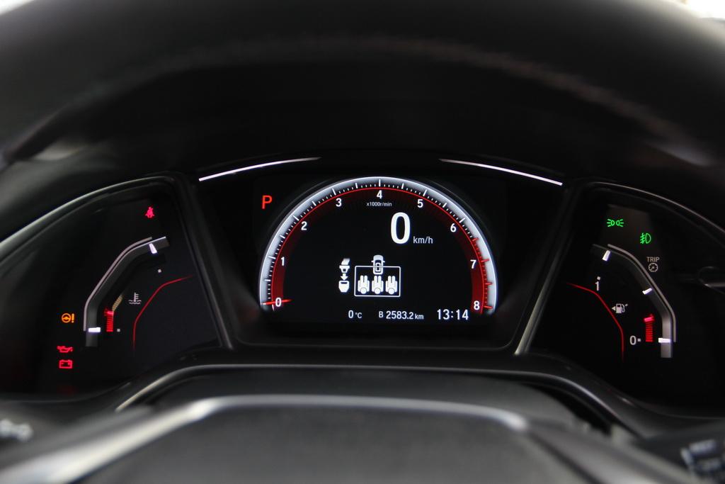 Приборы Honda Civic 5D 2018