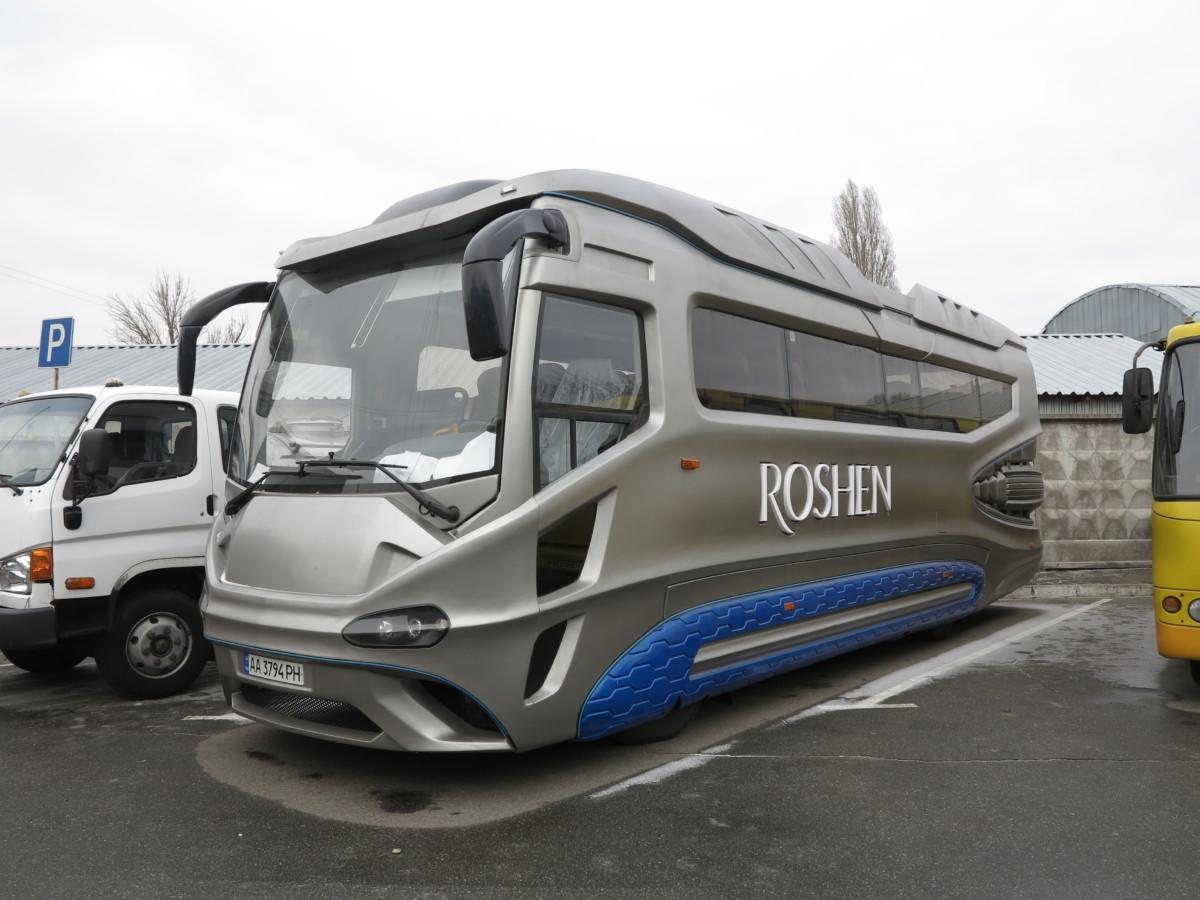 Илону Маску этот украинский автобус пришелся бы по душе