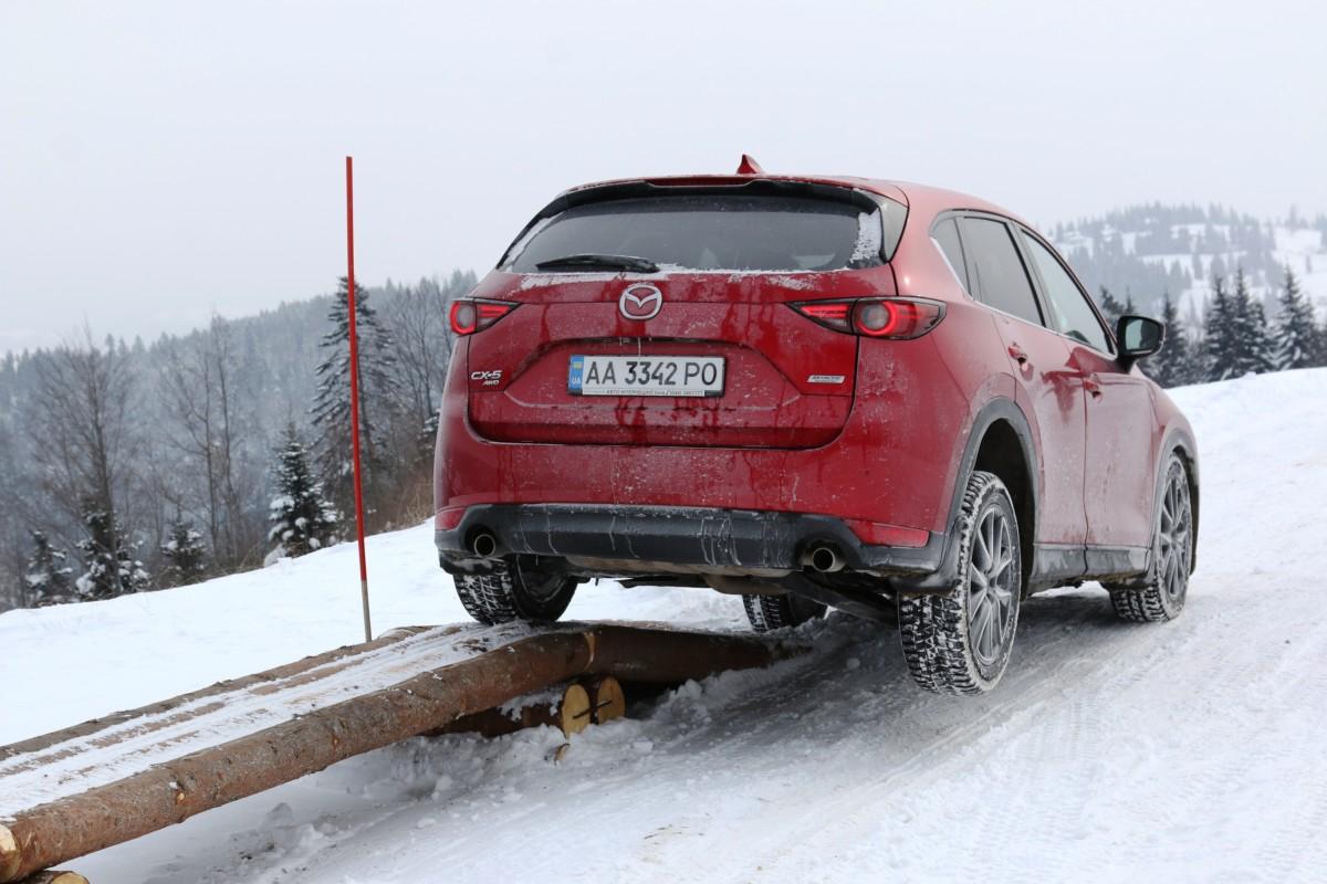 Mazda CX-5: укротитель городских сугробов в зимних Карпатах