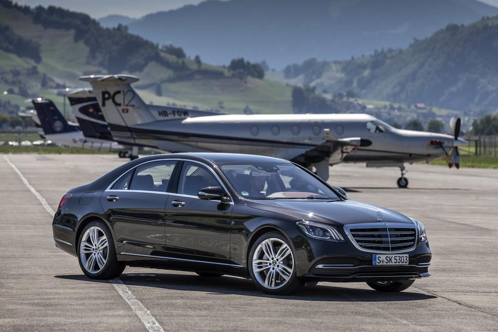 Хетчбек Mercedes А-Class новейшей генерации представили официально