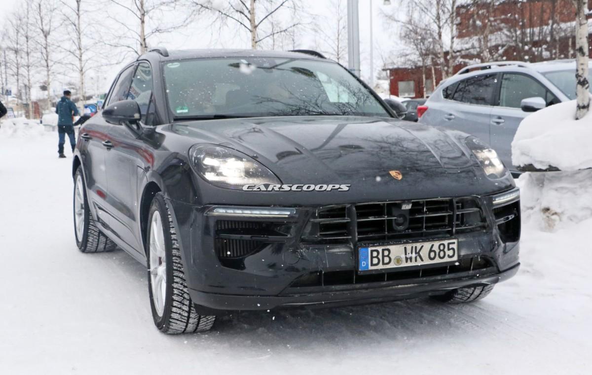 Новый Porsche Macan 2019 засняли во время тестов