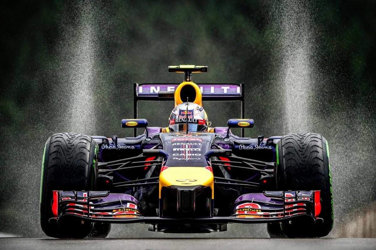 Болид Формула 1