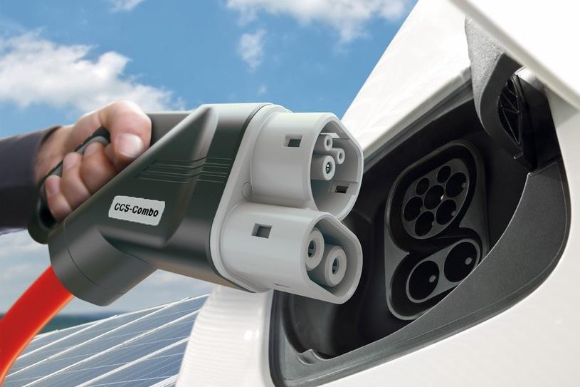 В Польше владельцы электромобилей получили привилегии