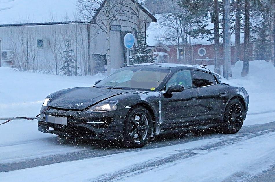 Первый гоночный электрокар Porsche J1 с зарядкой за 15 минут