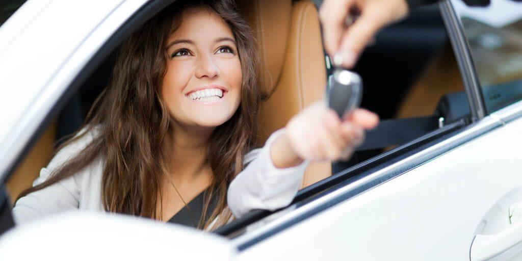 Как женщины выбирают автомобиль при покупке - отличия от мужчин