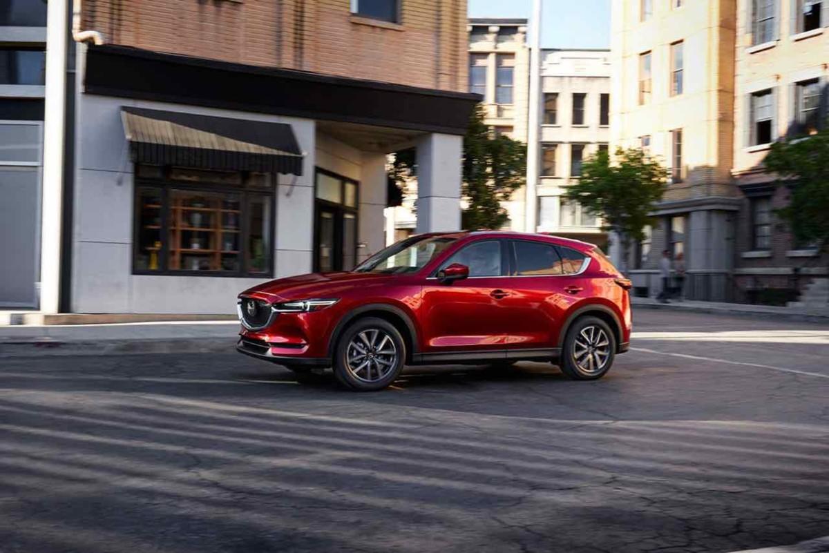 World Car of the Year 2018 - финалист Mazda CX-5
