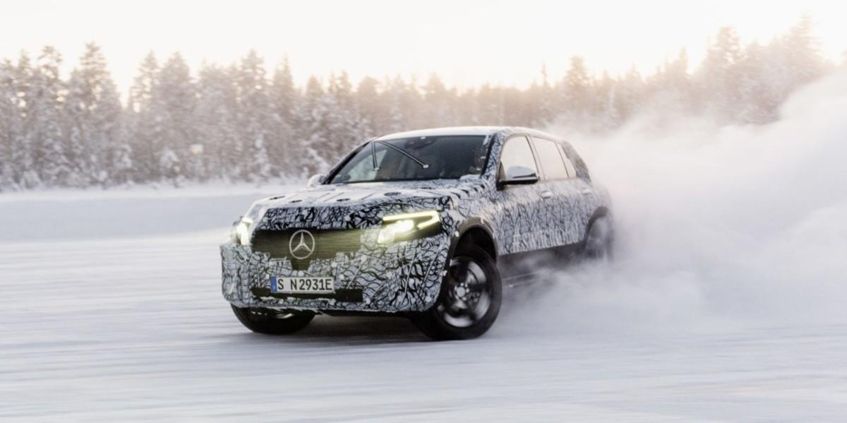 Первые тесты Mercedes EQC SUV