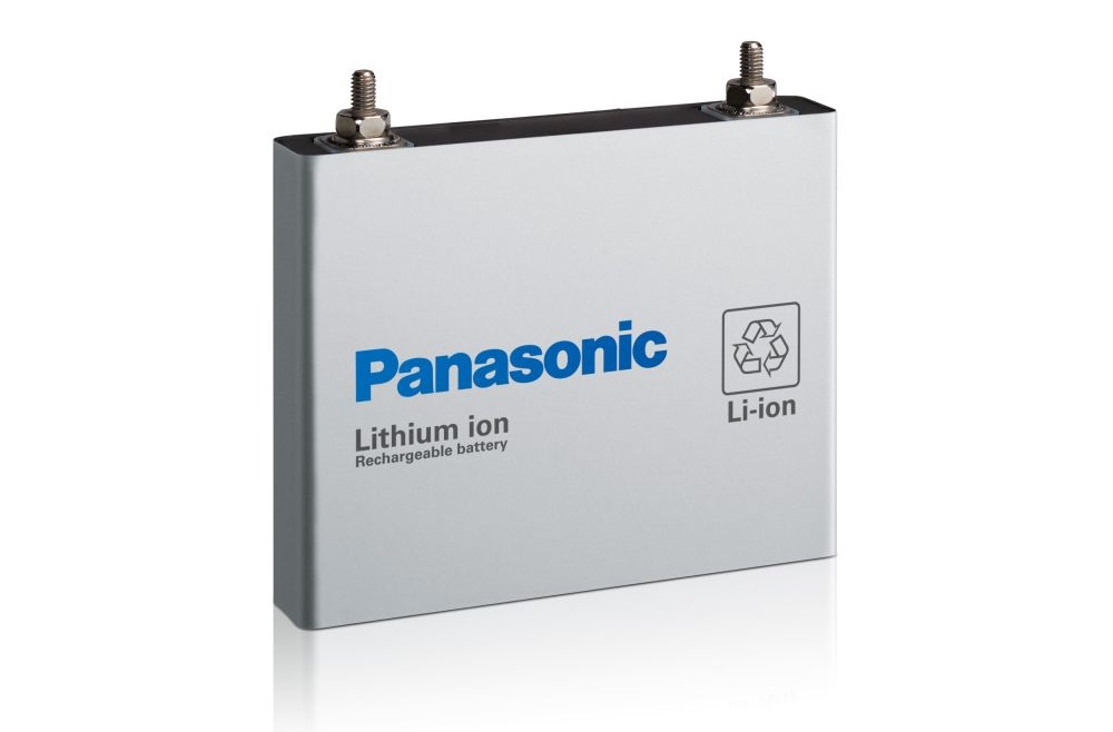 Panasonic открыл завод по производству батарей для электромобилей