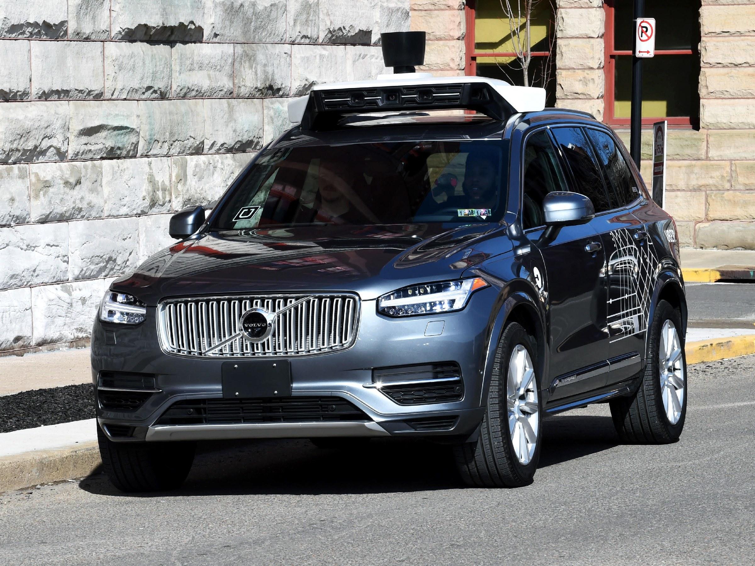 видео смертельной аварии с беспилотником Uber