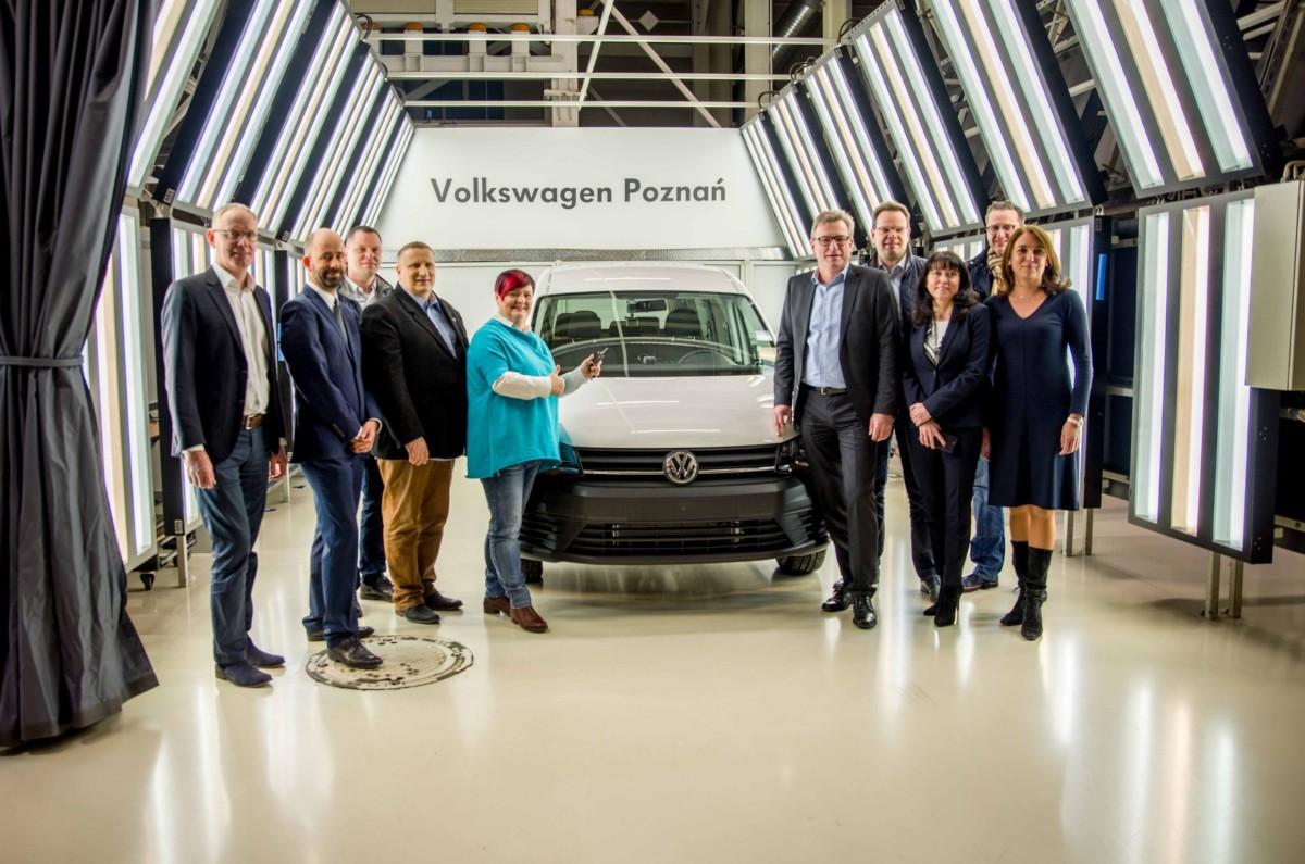 Volkswagen Caddy с порядковым номером 2 000 000