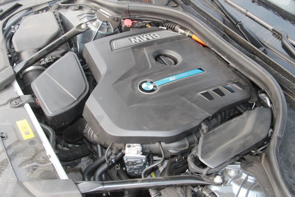 Мотор BMW 530e
