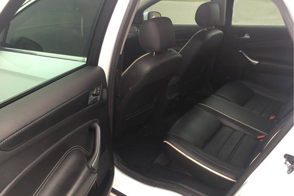 Заднее сиденье Ford Mondeo