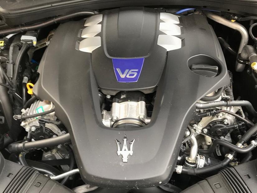 Двигатель Maserati Quattroporte S Q4