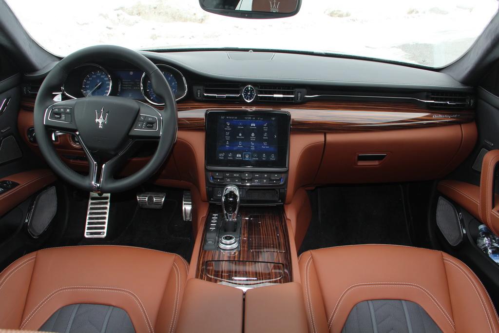 Интерьер Maserati Quattroporte
